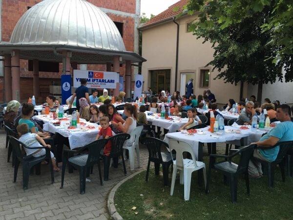 Kosova İftar