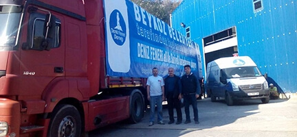 Beykoz'dan Suriye'ye giyim yardımı