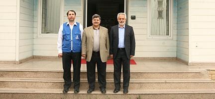 Türkiye Gazetesi Genel Yayın Yönetmeni İsmail Kapan Deniz Feneri Derneği'ni ziyaret etti