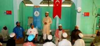 Bangladeş'te Arakanlılar için Mescit ve Eğitim Merkezi