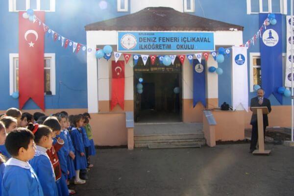 Deniz Feneri Bir Okul Daha Açtı
