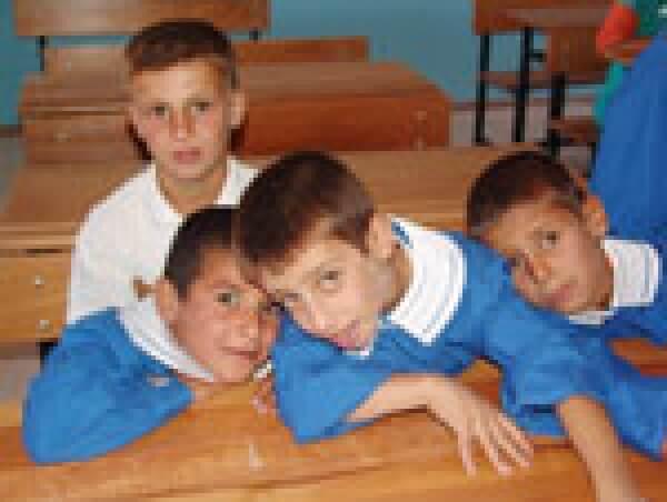 Deniz Feneri Derneği´nden Mardin´e Dört Okul