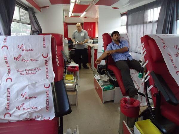 Deniz Feneri Kızılay İşbiliğiyle Kan Bağışı