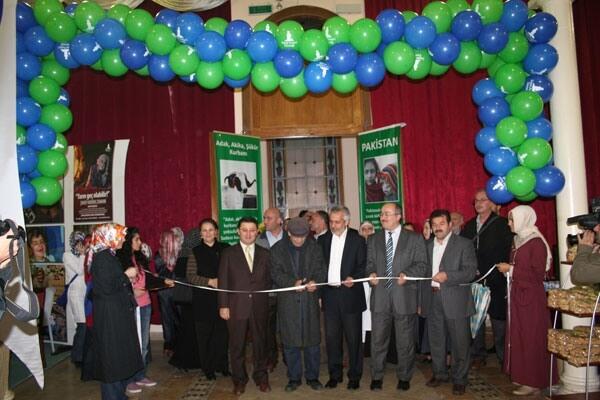 Deniz Feneri Türkiye - Pakistan Hayır Kermesi Açıldı
