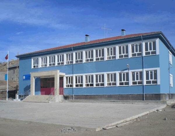 Deniz Feneri Türkiye´ye Bir Okul Daha  Kazandırdı