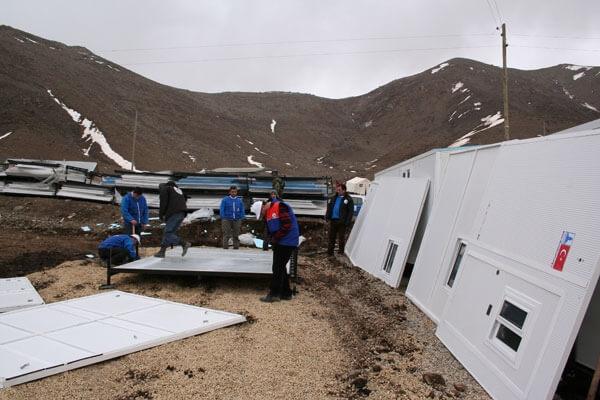 Deprem Mağdurları Deniz Feneri Afet Evlerine Yerleşiyor