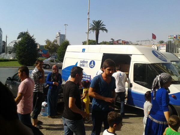 Ege Temsilciliğimiz Suriyeli Aileleri Sevindirdi