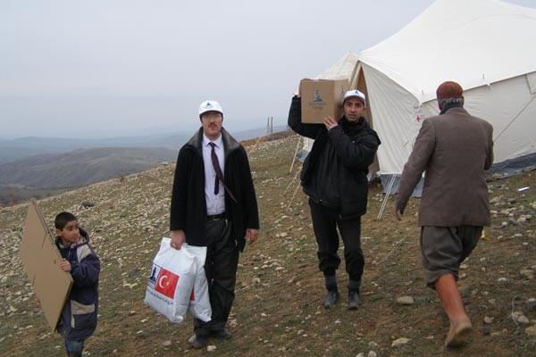 Elazığda Deprem... 51 Ölü 100 Yaralı