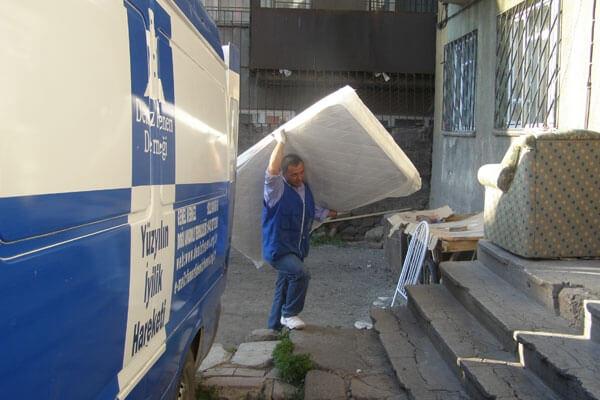 Erzurum'da Ev Eşyası Sevinci