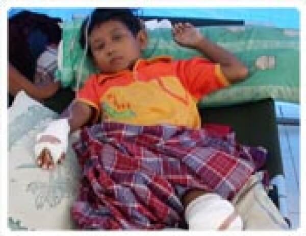 Güneydoğu Asya Acil yardım Bekliyor...