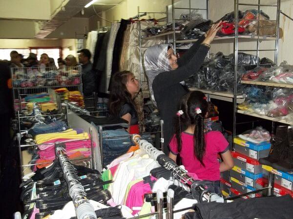 Karabük Gezici Giyim Mağazası Mutluluk Dağıtıyor