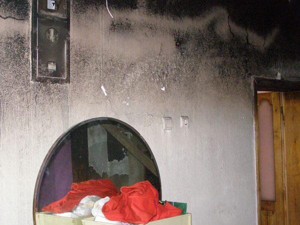 Yangında Mağdur Olan Ailelere Deniz Feneri Yetişti