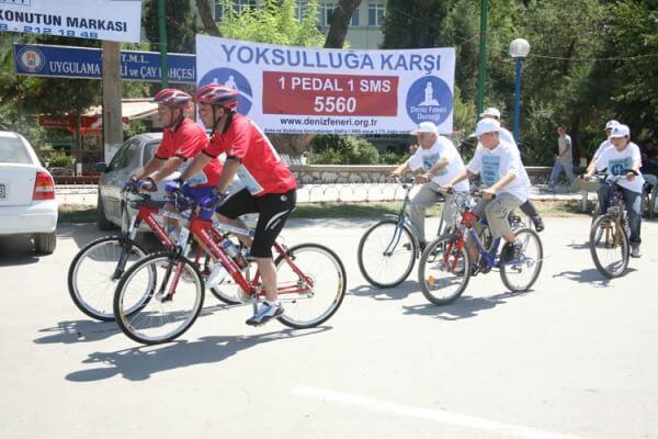 Yoksulluğa Karşı 1 Pedal 1 Sms 5560
