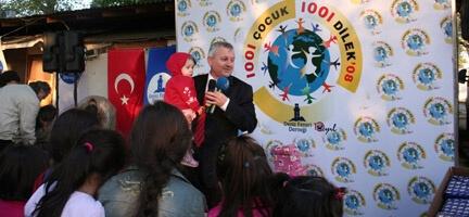1001 Çocuk 1001 Dilek Projesi Mülteci Çocukların Dilekleri ile Başladı