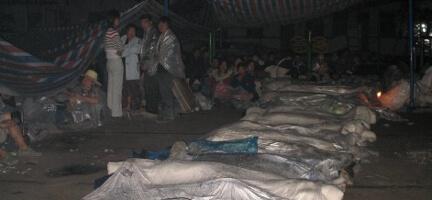 Çin'de Ölü Sayısı 50 bine Çıkabilir