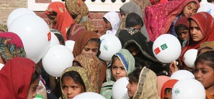 Deniz Feneri'nden Pakistan'a Büyük Hizmet