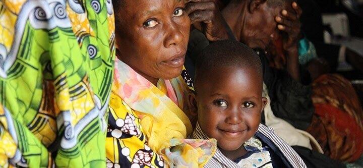 """Deniz Feneri Uganda'da 500 kardeşimize """"ışık"""" oldu!"""
