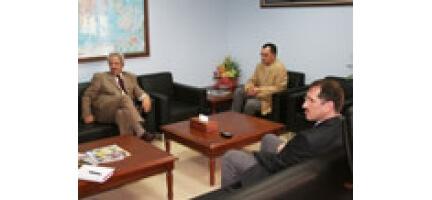 Filistin Büyükelçisi Maarouf'tan Nezaket Ziyareti
