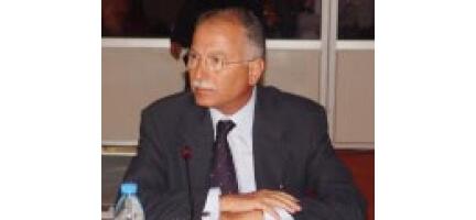 İKÖ Genel Sekreteri İhsanoğlu Lübnan'dan Döndü