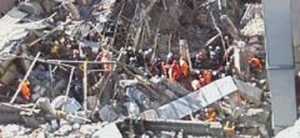 İstanbul´da Patlama: Deniz Feneri Olay Yerindeydi
