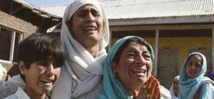 Pakistan 7.4 Şiddetinde Sallandı
