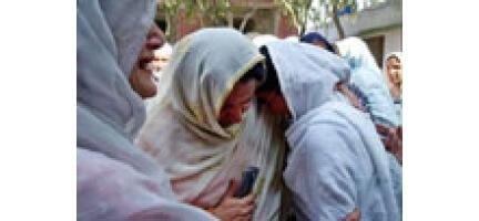 Pakistan Acil Yardım Bekliyor, 3 Milyon Kişi Evsiz