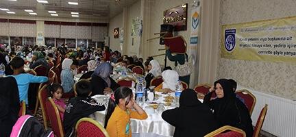 Şanlıurfa'da  Yetim Kardeşliği Sofrası