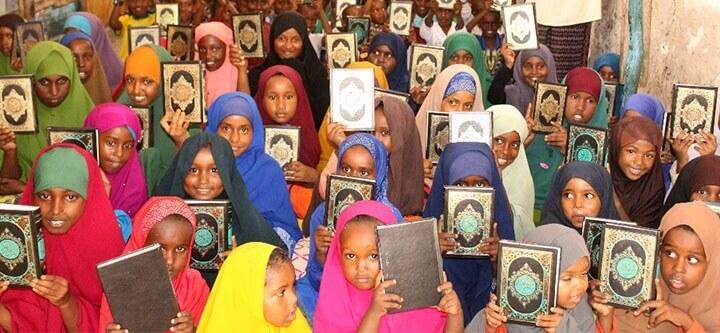 Somali'de Kur'an-ı Kerim Dağıtımı
