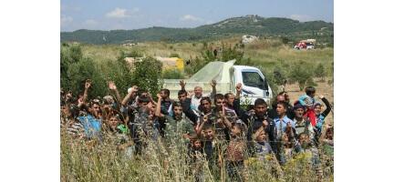 Suriyeli Mültecilere Yardım Zamanı