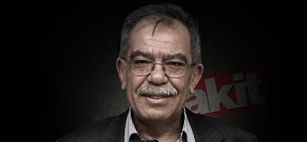 Ümmetin cesur kalemi Hasan Karakaya ebediyete göçtü