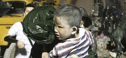 Wen Jiabao: Kurtarma Çalışmalarına 100 bin Kişi Katılıyor