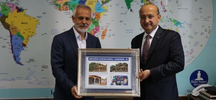 Yalçın Akdoğan'dan Derneğimize Ziyaret