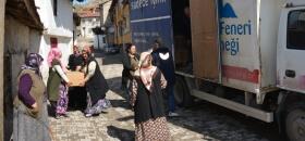 Deniz Feneri Ankara Şubesi Karabüklü ihtiyaç sahiplerini sevindirdi