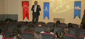 İyilik Okulu Bahçelievler Şair Zihni Ortaokulu Öğrencilerine Seslendi