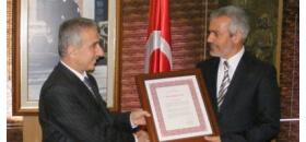 Milli Eğitim Bakanlığından Deniz Fenerine Onur Ödülü