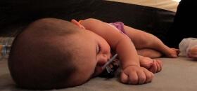 Suriyeli Bebeklere 1 Kamyon Mama