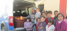 Suriyeli Kardeşlerimiz Ekmeksiz Kalmasın